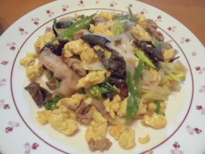 2.24豚肉卵ネギ木耳の生姜炒め
