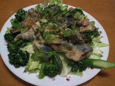 3.24鯖の揚げ物サラダ風