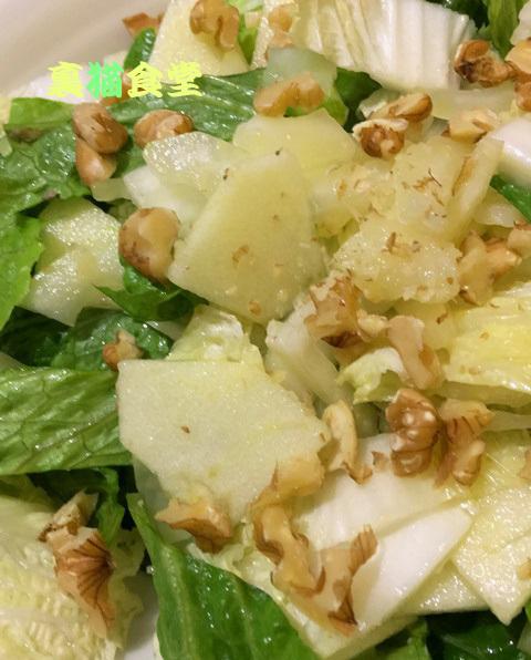3月13日白菜とロメインレタス、林檎のサラダ