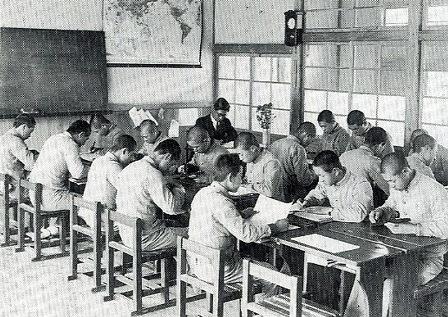 明治の学校