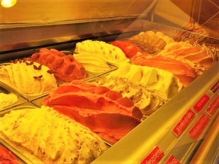 バリローチェでアイス (2)