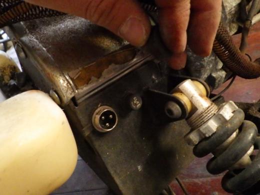 エンジン付きキックボード分解 (10)