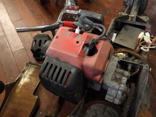 エンジン付きキックボード分解 (13)