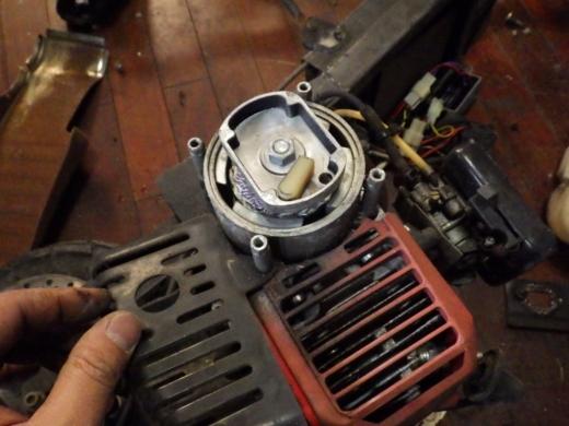 エンジン付きキックボード分解 (21)