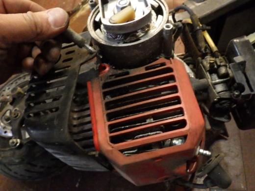 エンジン付きキックボード分解 (22)