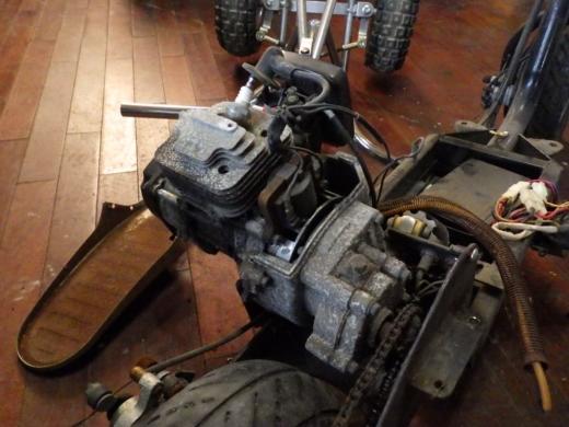 エンジン付きキックボード分解 (25)