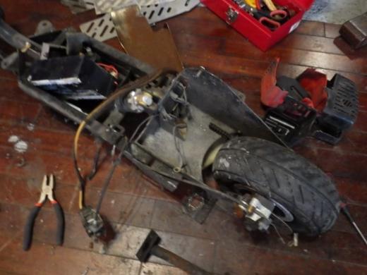 エンジン付きキックボード分解 (39)