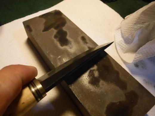 錆びたナイフ (3)