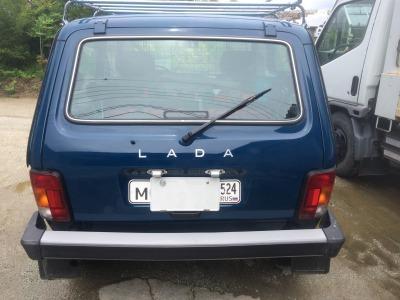 LADANIVAワイパー1