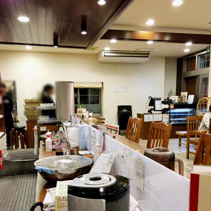 徳島ラーメン可成家本店店内の雰囲気