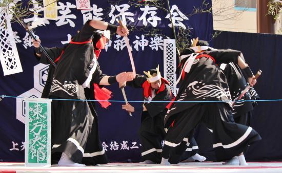 坂原神楽団 四刀3