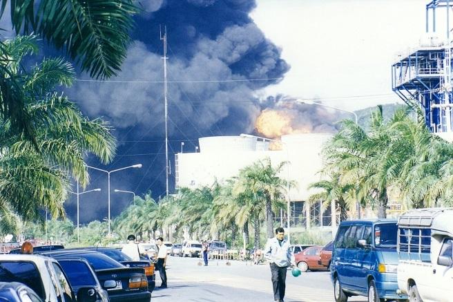 2017-4-13タイオイル爆発火災