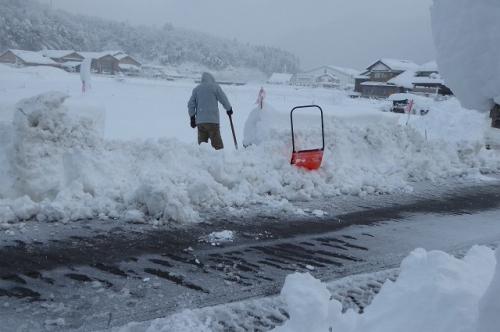 家の前の雪あけ