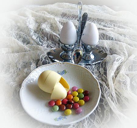 カラフルエッグチョコ