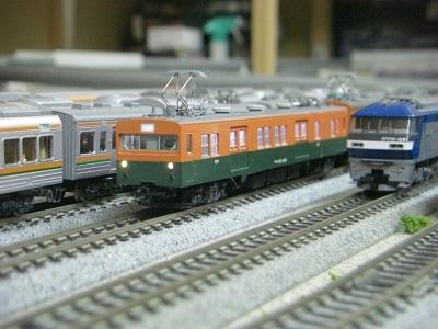 クモニ143-800