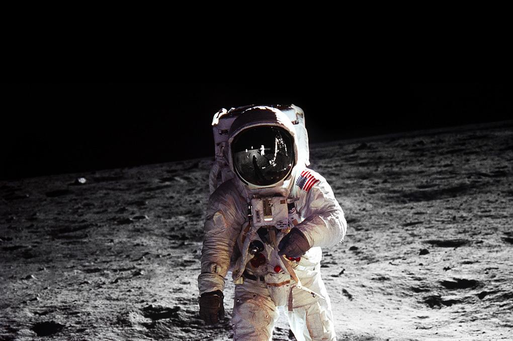 Moon-Landing.jpg