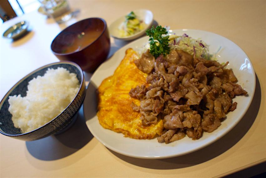 角常食堂@宇都宮市中央 豚バラ肉のしょうが焼きセット