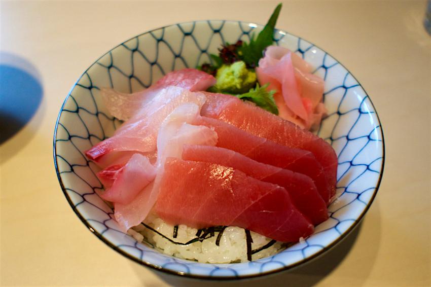 角常食堂@宇都宮市中央 ロウニンアジとまぐろの二色丼