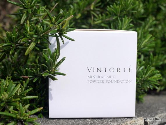 VINTORTE(ヴァントルテ) ミネラルシルクファンデ 外箱