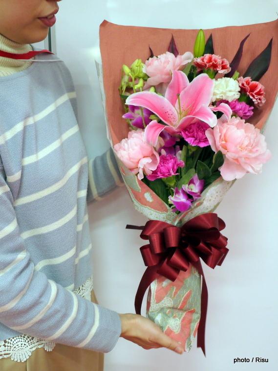 母の日 花束「麗しの時間~美人花を添えて~」|2017母の日 イイハナドットコム