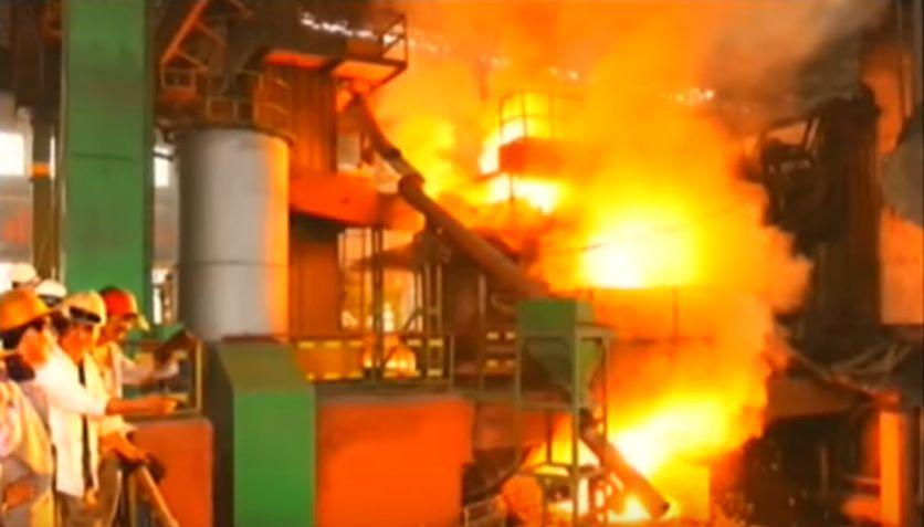 北鮮 製鋼工場溶鉱炉