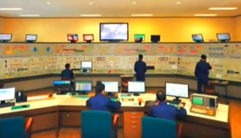 北鮮 工場制御室