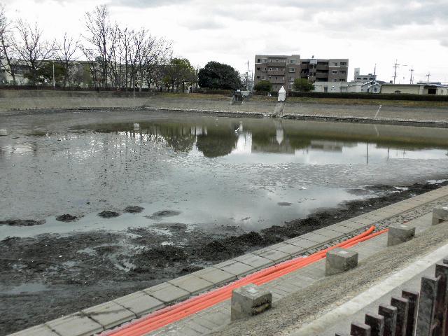 芦原公園釣り堀撤去1702 (2)