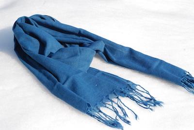 藍染めストール(つばめのうた)