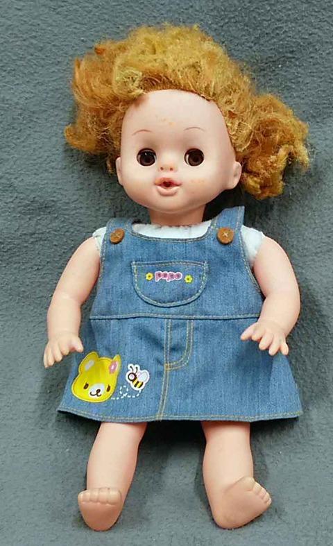お人形の修理外観