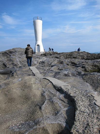城ヶ島灯台への通路