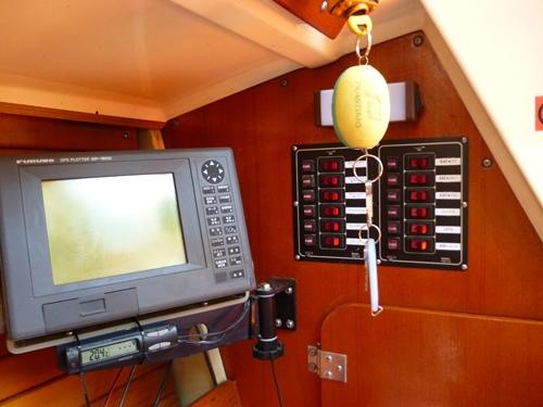 4-24旧タイプ白黒GPSプロッター