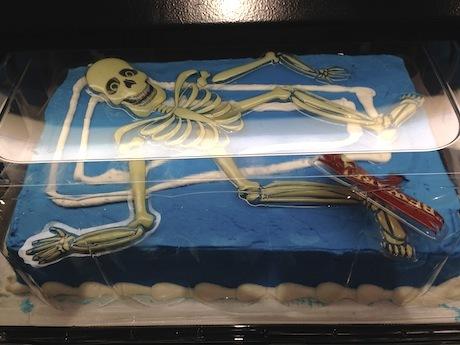 白骨ケーキ