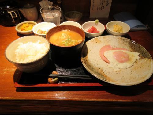 おまかせ朝定食(豚汁)