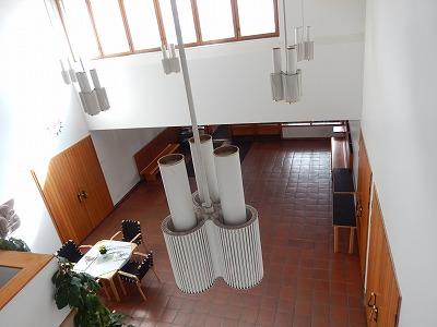 教区センター2階から