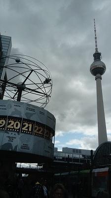 世界時計とテレビ塔