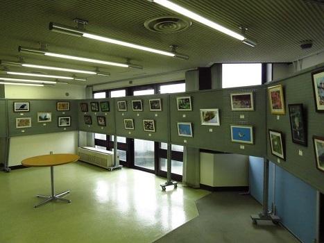 170218写真展設営完了:羽村コニュニティセンター (2) - コピー