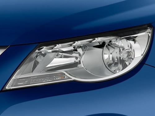 2011-volkswagen-tiguan-2wd-4-door-auto-s-headlight_100332547_l.jpg
