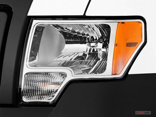 2013_ford_f_150_headlight.jpg