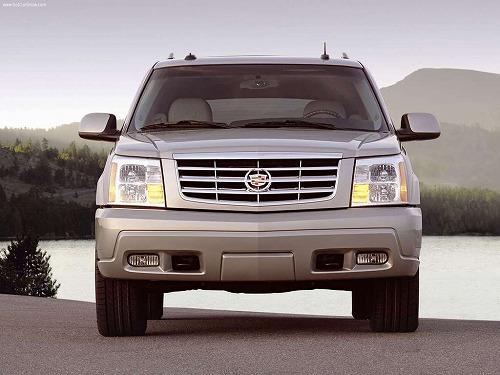 Cadillac-Escalade_ESV_Platinum-2004-1024-01.jpg