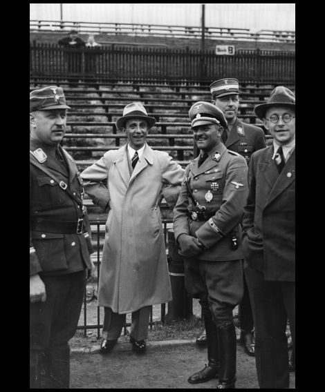 Joseph Goebbels_Sepp Dietrich