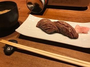 お肉の握り寿司