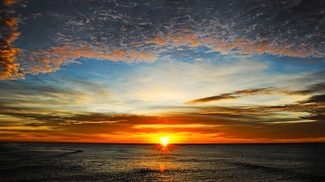 dawn-1905602_640.jpg