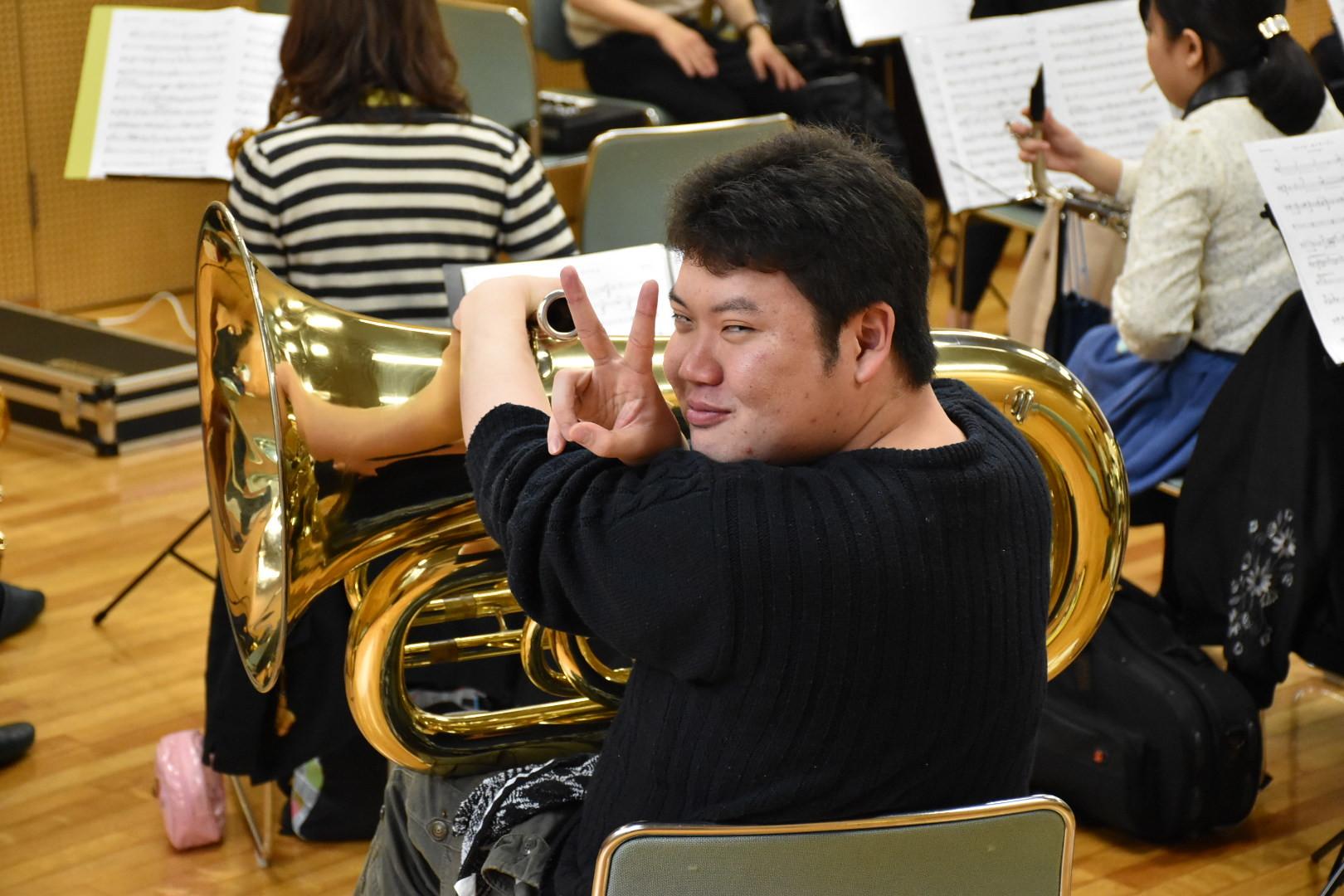 横浜市の一般吹奏楽 チューバ募集中!