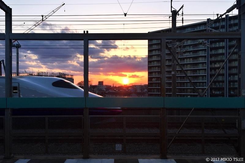 絶景探しの旅 - 0145 夕日の落ちる駅からの風景 (さいたま市 中央区)