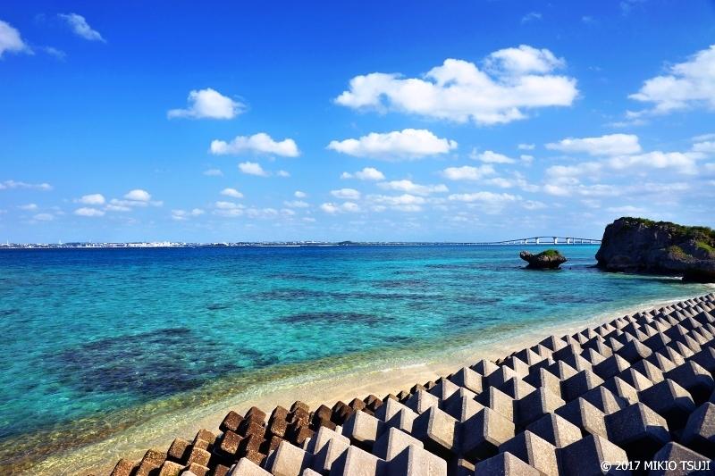 絶景探しの旅 - 0157 透き通る海と伊良部大橋 (沖縄県 宮古島市 伊良部)