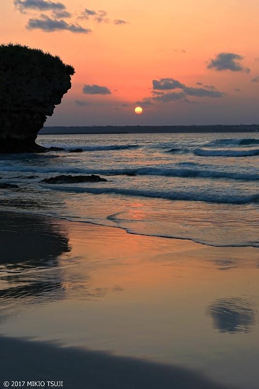 絶景探しの旅 - 0165 砂山ビーチの日の入り  (沖縄県 宮古島市)