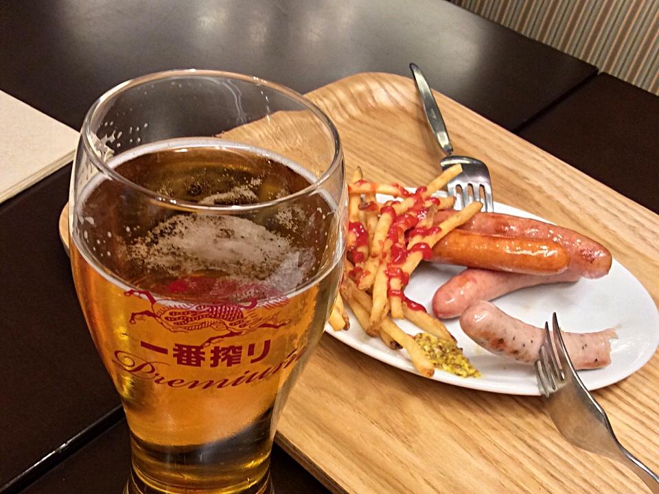 Beer@Narita.jpg