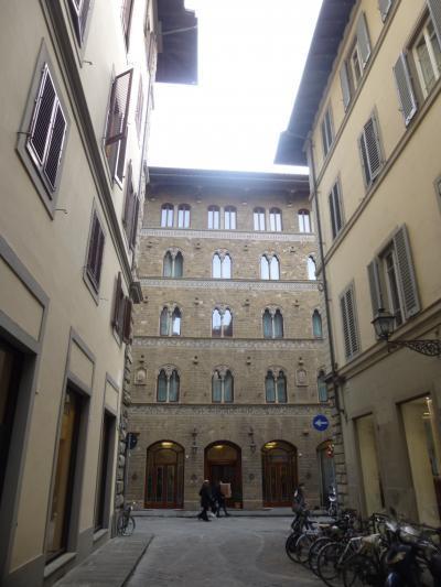住むように滞在するフィレンツェ Cavalieri Palace Luxury Residences