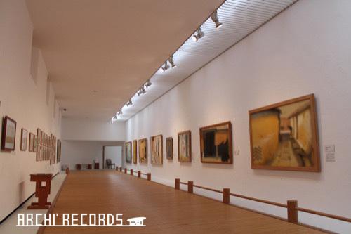 0171:秋野不矩美術館 第一展示室(クレ)