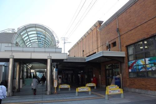 0239:JR神戸駅舎 南出口の様子①